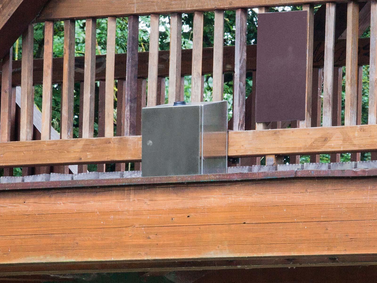 Datenfunkmodul sendet Pegelstand: DATAEAGLE im Schaltschrank direkt an der Brücke